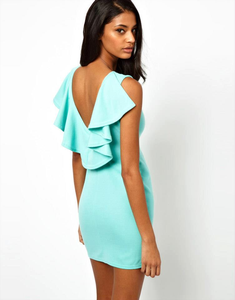 Beautiful Combinations On Dresses That Will Help You In