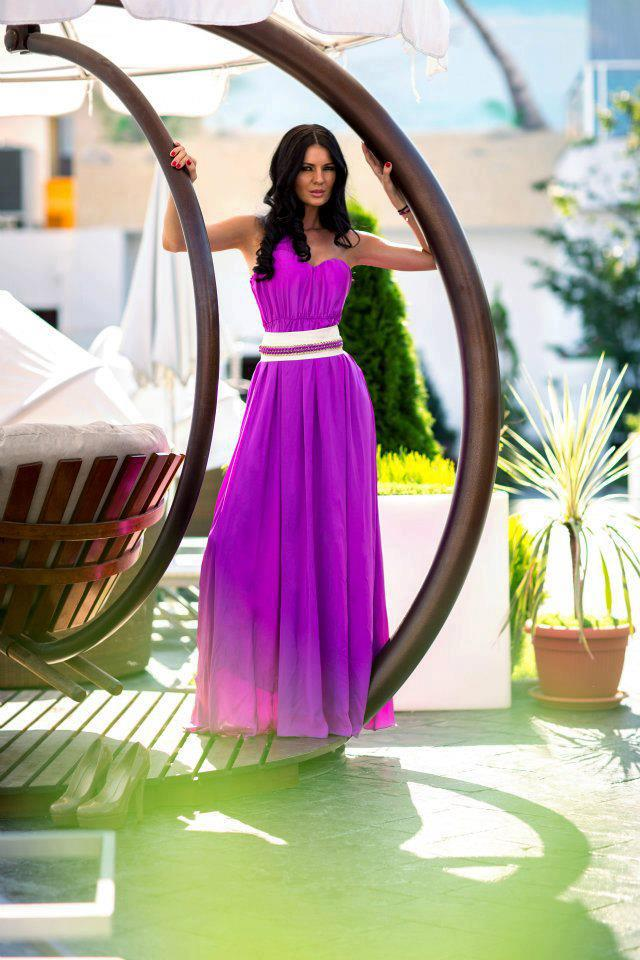 The maxi dress, perfect for any occasion