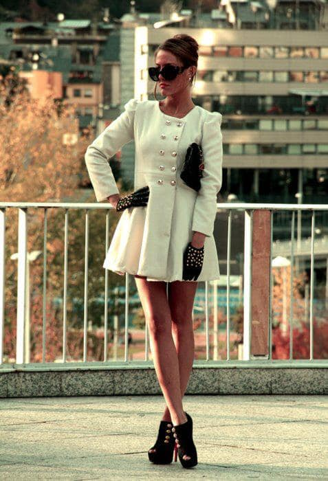 32  Amazing Dresses