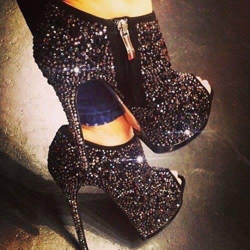 30 Ladies Shoes