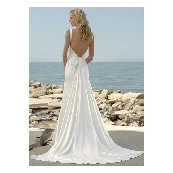 26 Sexy Wedding Dresses for Beach Weddings