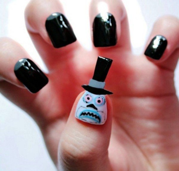 22 Simple And Cute Halloween Nail Art Ideas