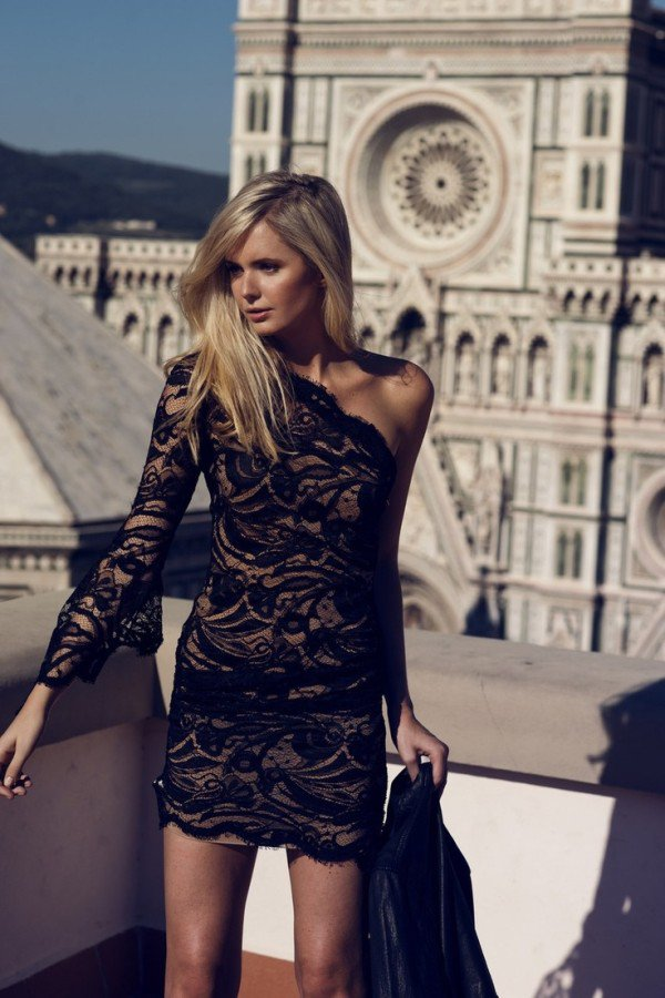 24 Elegant Christmas Party Dresses