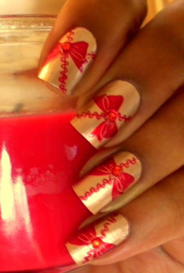 31 Attractive Christmas and New Year\'s Eve Nail Art Designs That ...