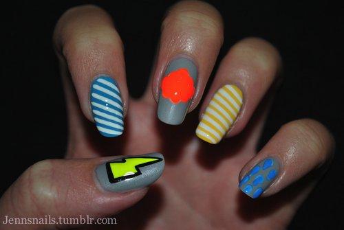 21 Cool & Trendy Neon Nail Art Designs