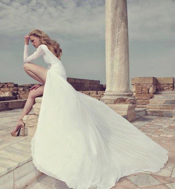 Wedding Dresses by Simijan Bozaglo