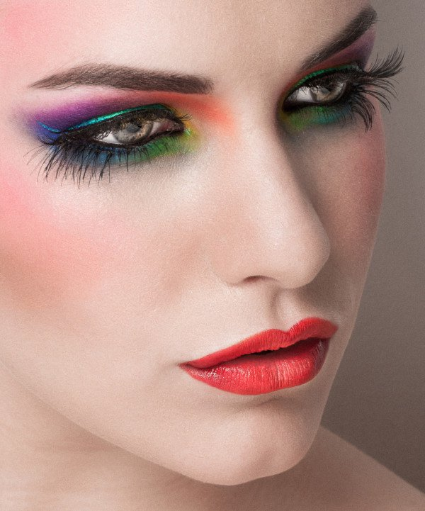 Fantastic Make Up For Your Prom Night