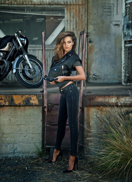 "Miranda Kerr Stunning Look For ""A Woman With Drive"""