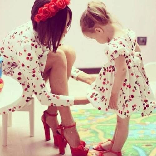 FASHION MOTHERS WITH THEIR LITTLE FASHION PRINCESSES