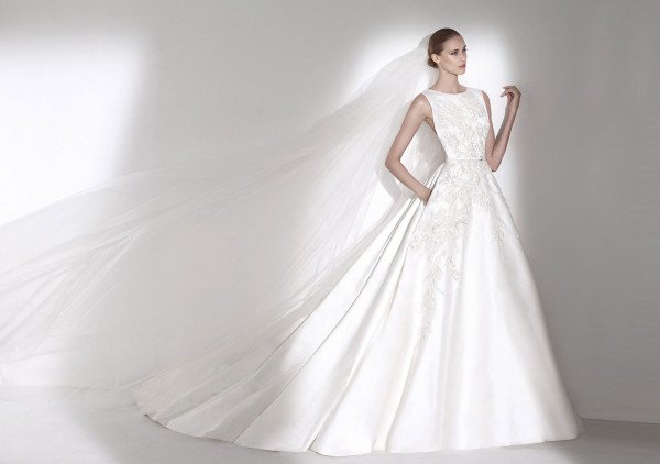 Fancy wedding dresses from Elie Saab for Pronovias - Collection 2015