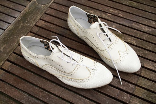 Lovely Budget Friendly DIY Shoes Makeovers