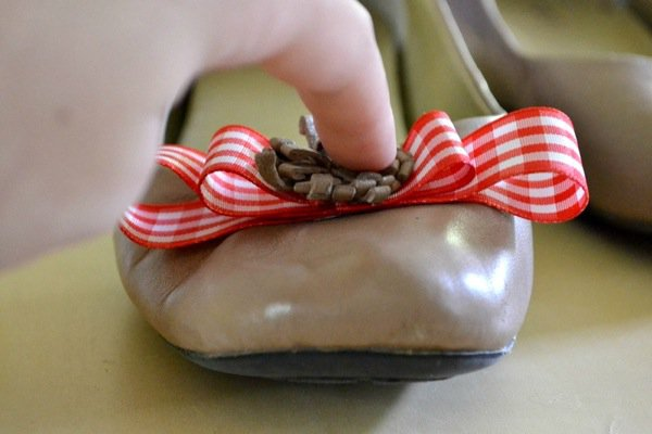 12 Fabulous And Stylish DIY Shoes Hacks