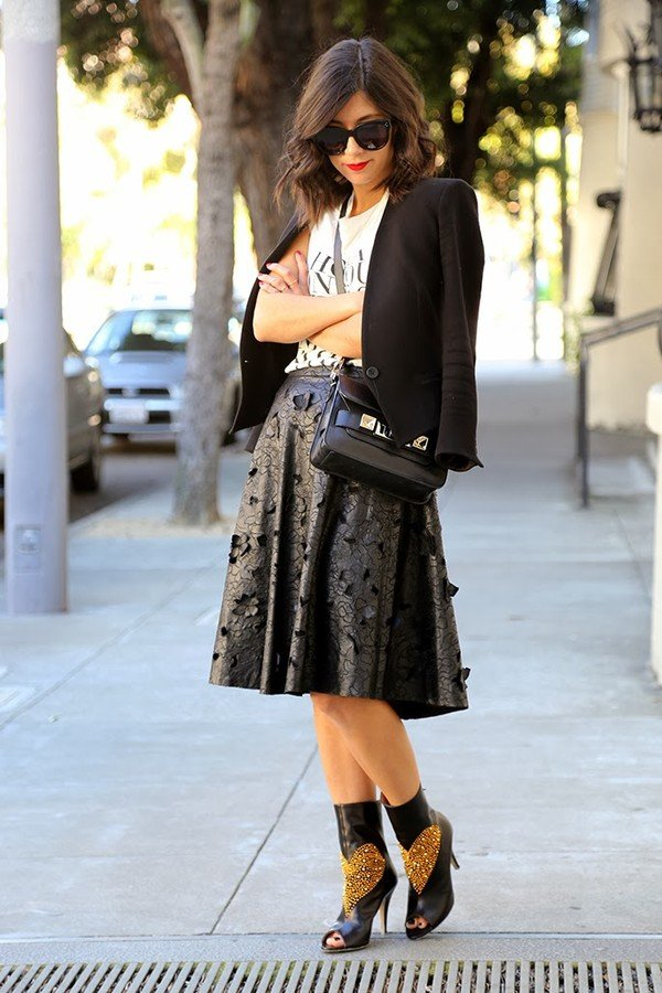 Midi skirts   simbiol of femininity
