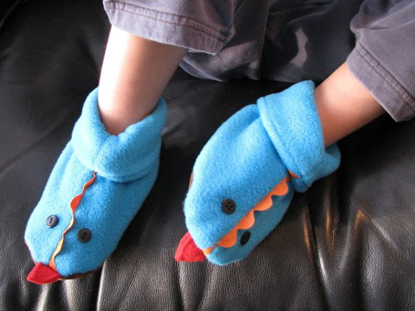 15 Fun And Useful Kids Clothing Hacks That You Never Think About
