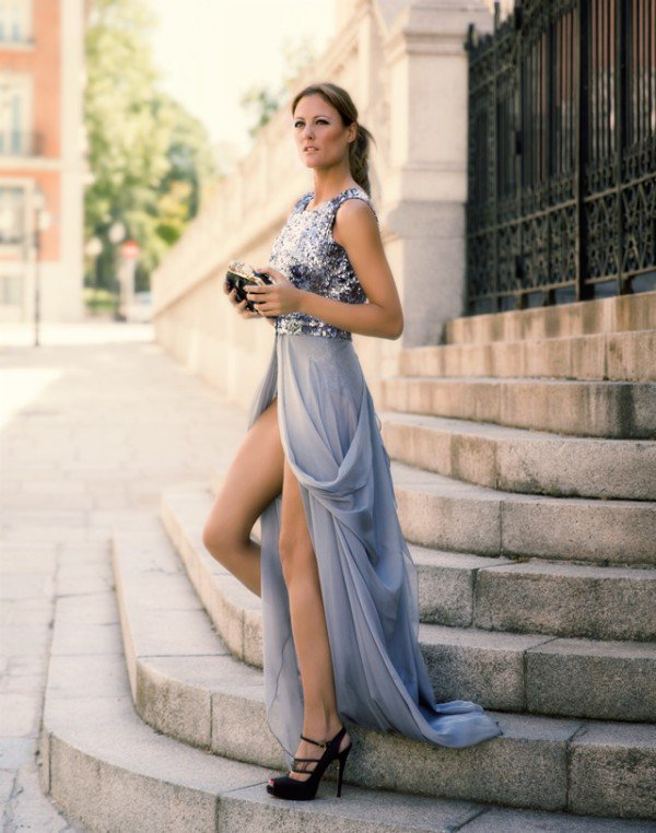 14 Magical long Evening Dresses for New Years Eve