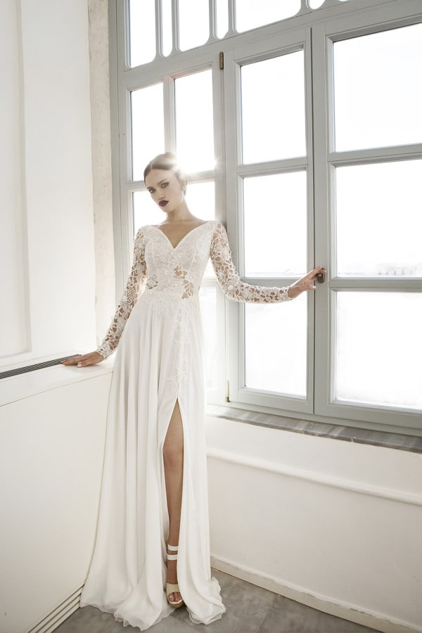 32 Extremely Amazing Wedding Dresses To Obsess Over