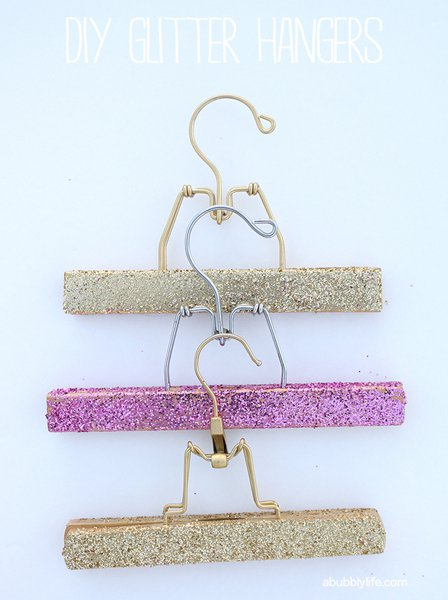 21 Super Ideas To Renew Your Old Thing With Colorful Glitter DIYs And Add Sparkle To Your Life