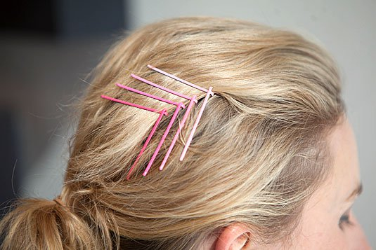18 Life Changing Ways To Use Bobby Pins For More Fantastic