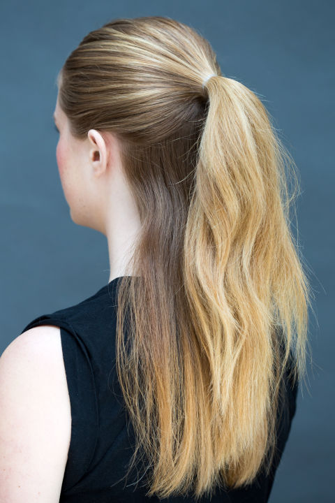8 Super Easy Hairstyles You Can Do In Literally 10 Seconds