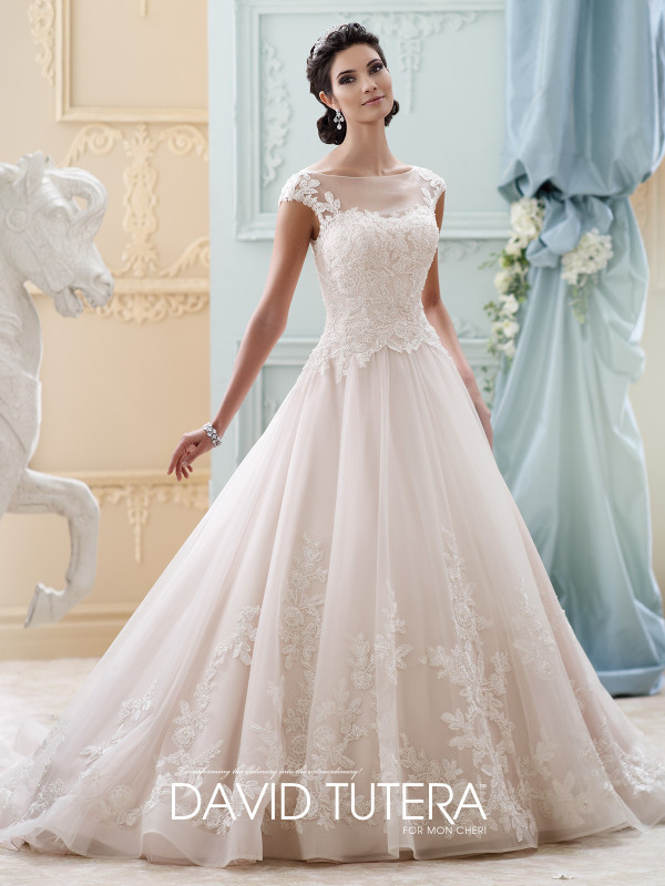 The Most Spectacular Wedding Dresses Collection That Will Fill You With Glamour