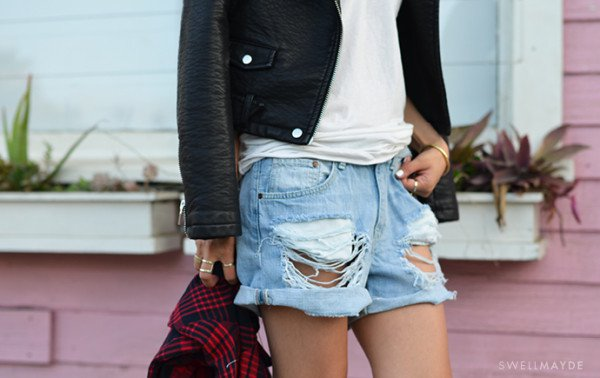 10 Cool Jeans Shorts For Spring And Summer That You Can DIY