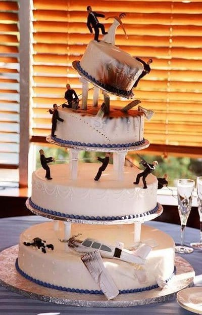 11 Creative, Epic Wedding Cakes That Will Make Your Ceremony Unique