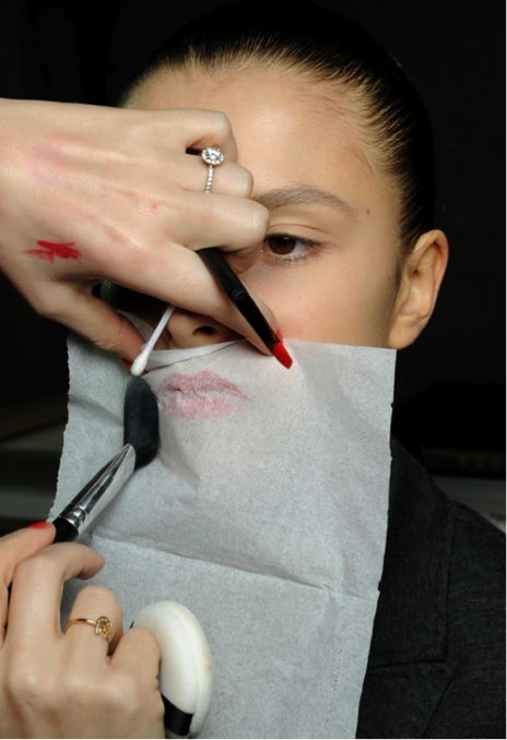 10 Surprising Makeup Hacks That Nobody Told You About