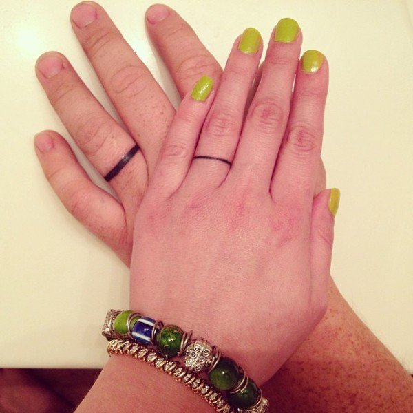 12 Cute Tattoo Engagement Rings That Will Make You Forget About Diamonds