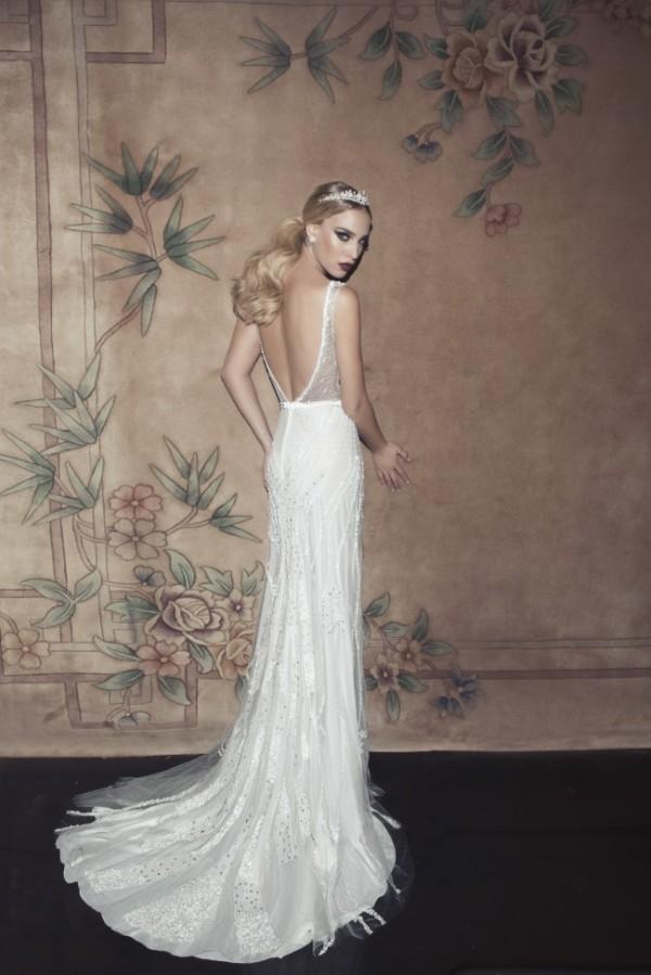 17 Glamorous Wedding Dress For The Extravagant Brides