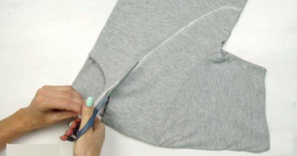 Transform Your Old T Shirts Into Something Creative And Interesting With These Spectacular DIY Tip