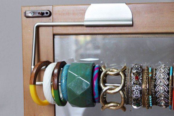 10 Genius Survival Hacks For Living Alone Everyone Must Know