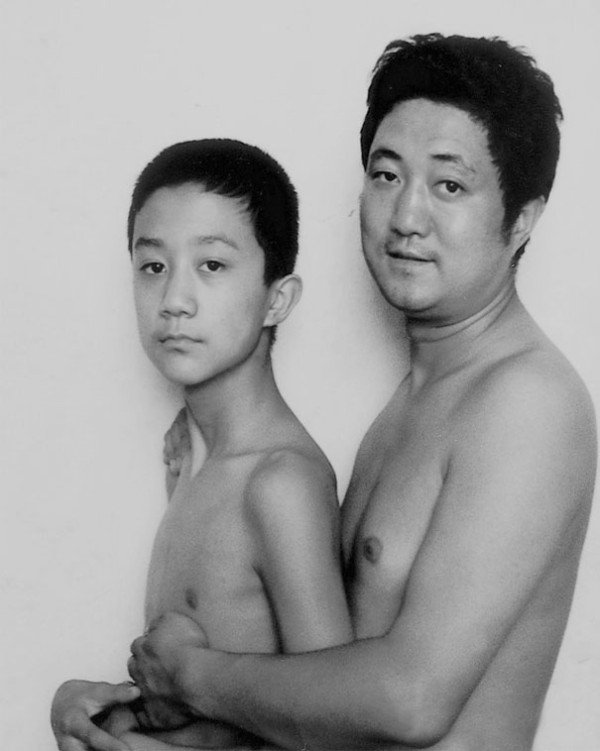 Brilliant: Father And Son Took Same Picture Together  For 28 Years Until The Last One