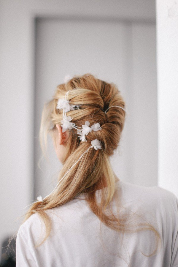 13 Adorable Ways to Rock a Ponytail on your Wedding Day