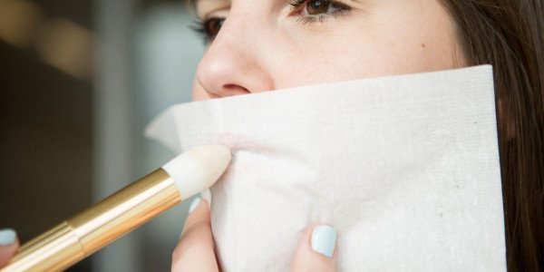 14 Amazing and Genius Lipstick Hacks That Every Lady Should Know