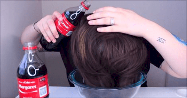 She Pours 2 Bottles Of Coca Cola All Over Her Hair. The Final Look? Truly Impressive