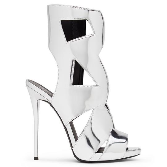 Glamorous And Sophisticated: Giuseppe Zanotti Shoes For Special Occasions