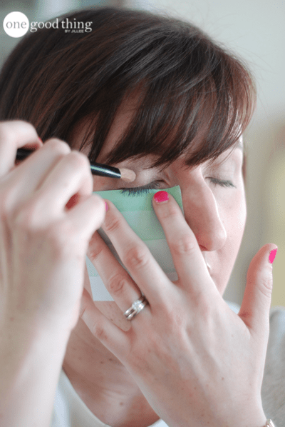 14 Simple Hacks And Solutions To Common Beauty Emergencies