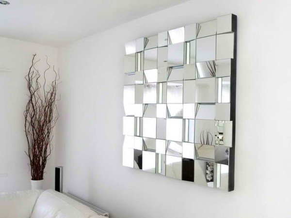 Mirror, Mirror: Simply Stunning Tips for Affordable Decorating with Mirrors