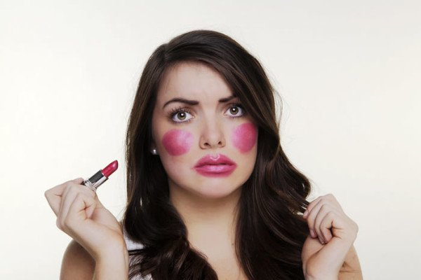 14 Common Beauty Mistakes You Should Stop Making Right Now