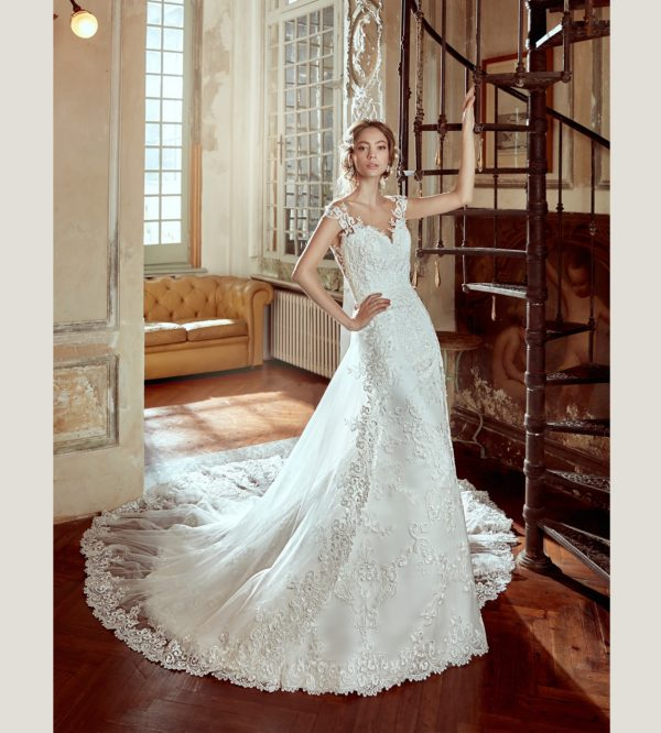 Spectacular, Elegant, Glamorous New 2017 Wedding Dresses Collection By Nicole