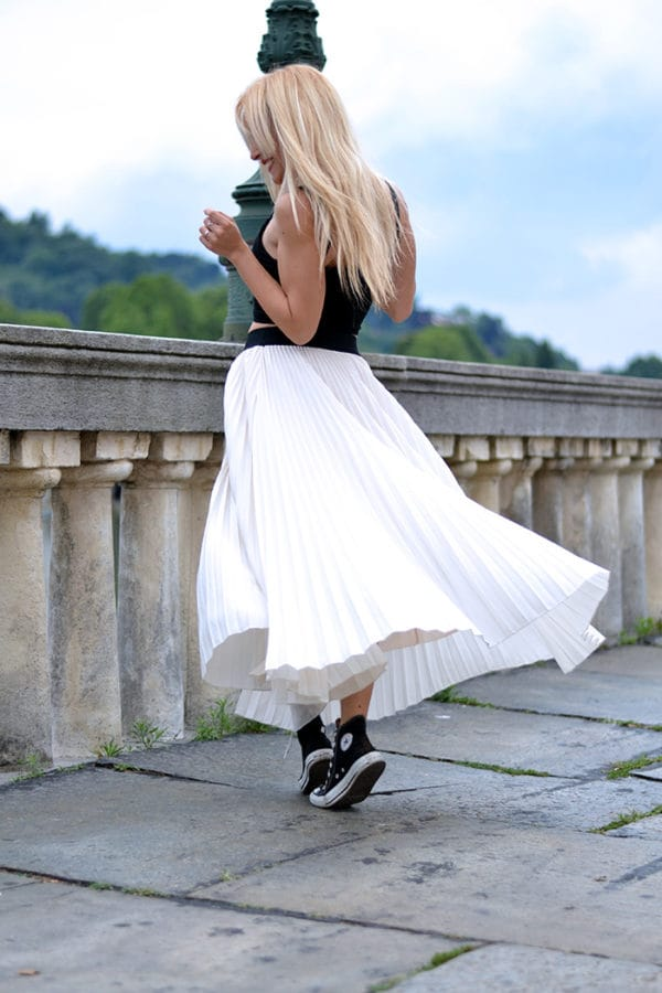 Latest Trendy Maxi Skirt Outfit Ideas for Fashion Girls