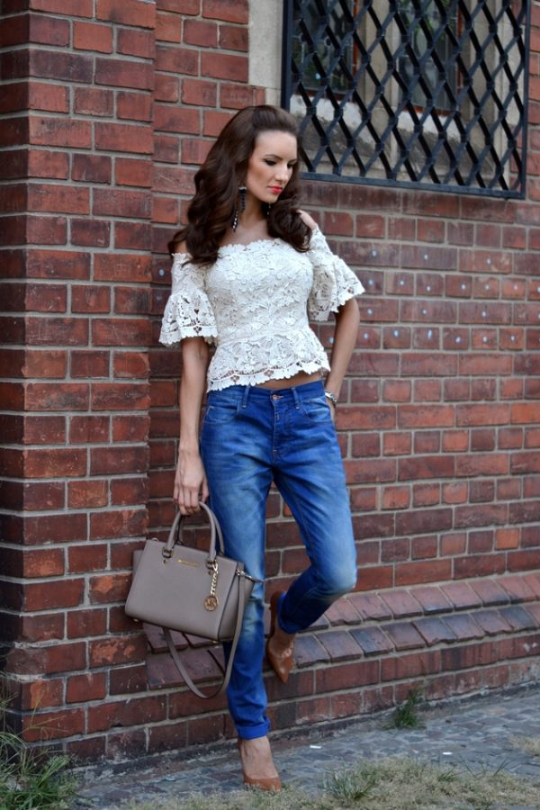 The 16 Cute Street Ideas To Dress Up Your Jeans