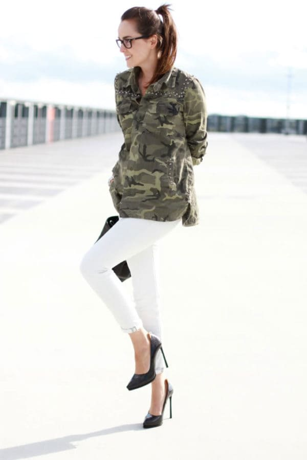 Dare To Bear: 21 Military Outfits For Brave But Sensual Woman