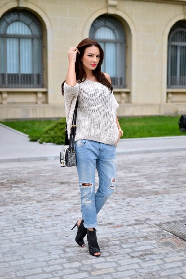 Soft And Worm Sweaters: The Latest Trend