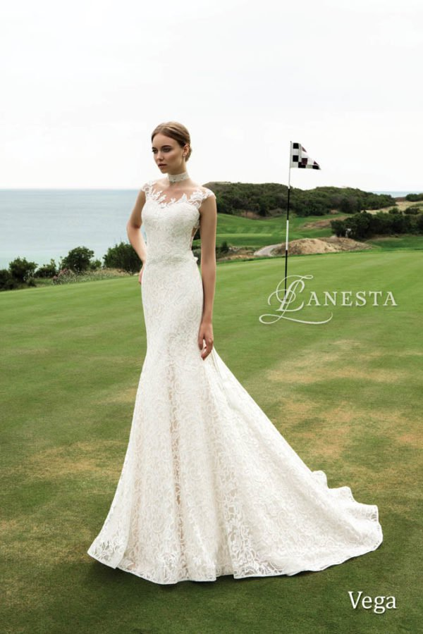"Feel Like Goddess: ""Close To The Stars"" Lanesta Bridal Collection"
