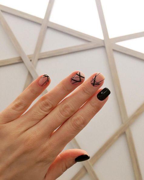 Minimal Nails for Maximum Effect: 17 Super Elegant Nail Ideas