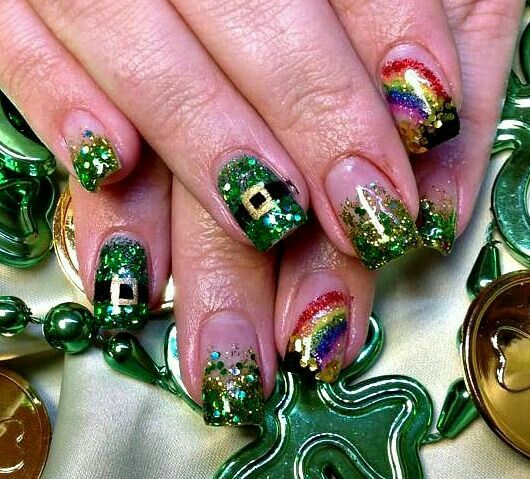 Christmas Designed Nails That Will Totally Raise The Mood
