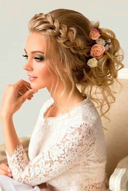 Floral wedding updo hairstyles youd love junglespirit Choice Image