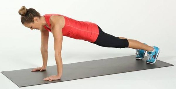 Transform Your Body In Only 4 Weeks With 5 Simple Exercises