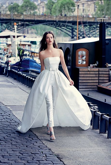 Top 10 Ideas to Look Stunning In A Wedding Jumpsuit  On Your Special Day